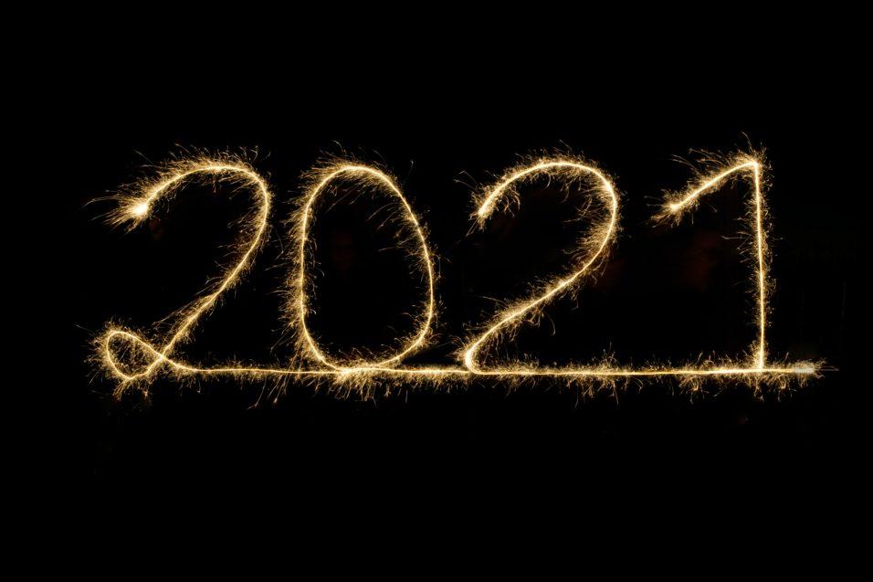 sparklers reading 2021